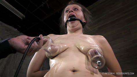 Ball For Solo A Stranded Whores Nadia Negress In \