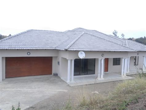 3 Bedroom House In by Th2 3 Bedroom House Ekhaya Properties