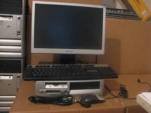 Bureau Ordinateur But : pc de bureau hp d530 p4 2 g 160g ecran plat 17 39 39 destockage ~ Teatrodelosmanantiales.com Idées de Décoration