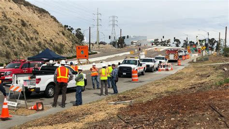 gas l san diego gas leak closes route 163 thousands evacuated in mission