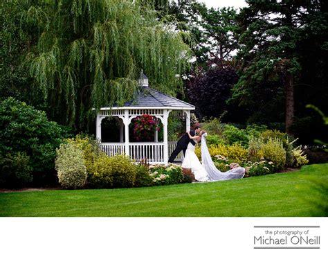 east wind cottage best east wind inn estate cottage wedding photographer