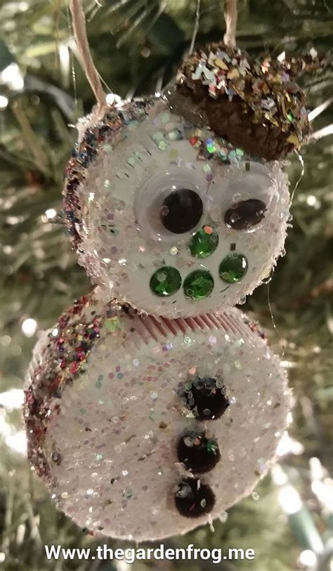 create children s christmas ornaments from milk and soda