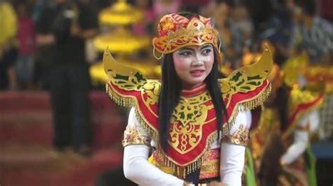 Estimated number of the downloads is more than 10. Gending Kuda Lumping Jawa Timuran Mp3 - Download lagu mp3 & video: - Jabesid