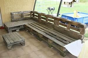 Canape en terrasse mp bricolaire for Nettoyage tapis avec canape palette exterieur