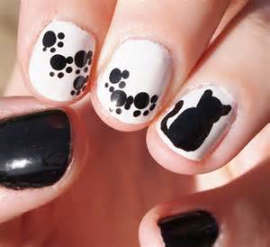 cat nails bewitchery nail monochrome cats