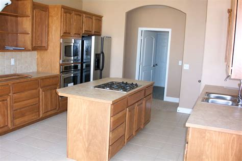 Huntwood Cabinets Kennewick Wa by Solid Structures