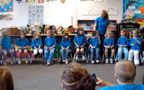 37 best preschool graduation songs for slideshow apecsec org 739 | 37 Best Preschool Graduation Songs for Slideshow