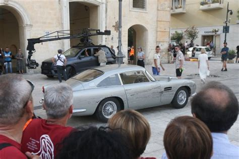 James Bond's Aston Martin DB5 Shows Up for Filming in ...