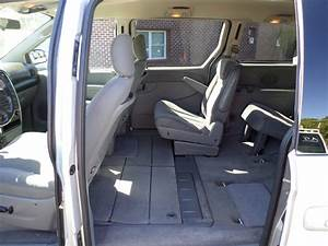 2006 Chrysler Town  U0026 Country - Pictures