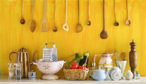 instrument de cuisine 10 ustensiles de cuisine indispensables magazine avantages