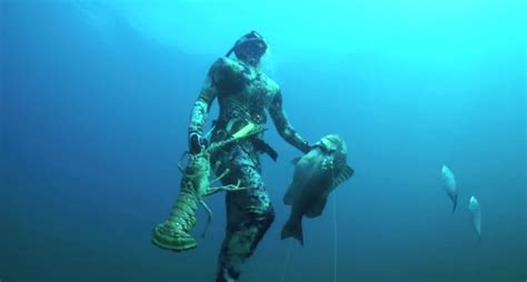 spearfishing record spear fishing grouper florida freedive setting open wide
