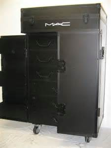 Mac Makeup Train Case