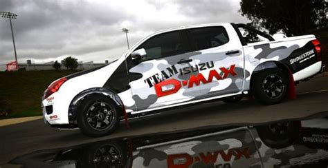 isuzu  max flies  precision driving team sponsorship