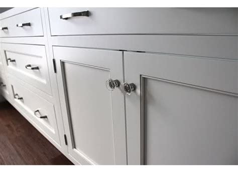 kitchen cabinets with hinges exposed shaker white inset cabinets in dove white exposed hinges 8181