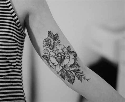 ᐅ Tatuajes De Rosas En El Brazo » Tatuajes & Tattoos