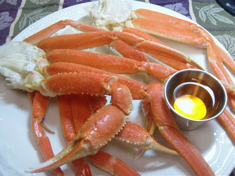 how to make snow crab legs fresh snow crab dinner gif seafood dishes pinterest