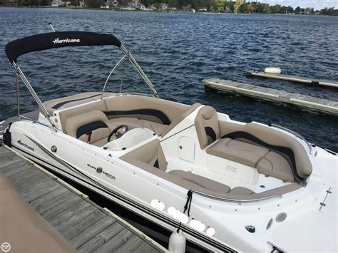 Hurricane Sundeck Used Boats by Used Hurricane Boats For Sale 10 Boats
