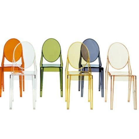 chaise colorée chaise transparente colorée le monde de léa