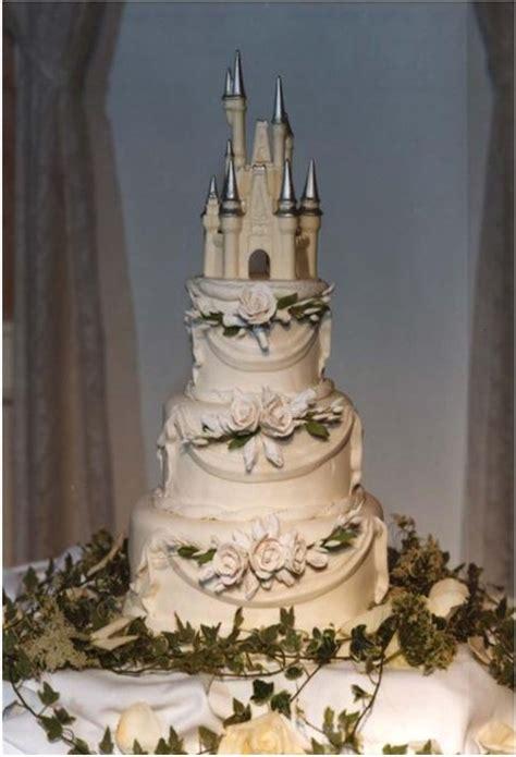 castle wedding cake wedding cakes pictures cinderella castle wedding cake