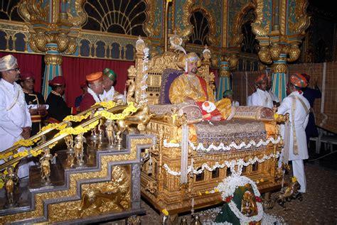 rss expresses deep condolences  demise  mysore maharaj