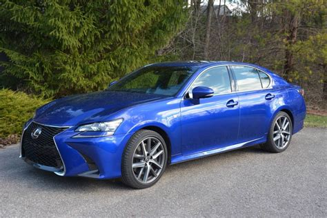 lexus gs   review gtspirit