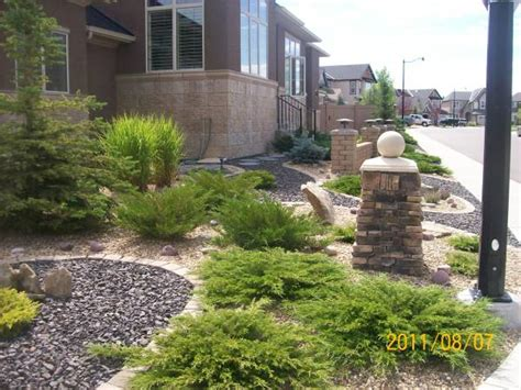 low maintenance front yard landscaping ideas be one landscaping ideas for xeriscape
