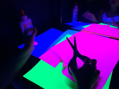 Diy Black Light Booth Provocation  Sturdy For Common Things