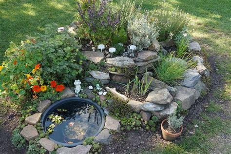 Kräuter Im Garten Pflanzen Zeitpunkt by Welche Kr 228 Uter Passen Nebeneinander Zusammen Pflanzen Tabelle