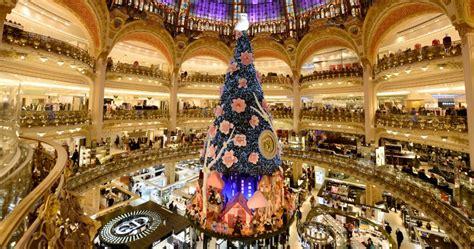galeries lafayette e printemps si vestono a festa ecco il natale 2013 a parigi