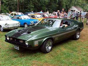 File:Ford Mustang Mach 1 (1973) pic1.JPG - Wikimedia Commons