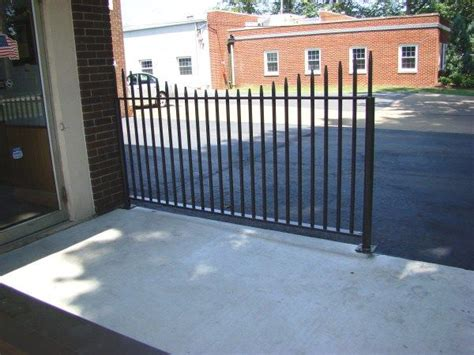 Ametco Wire Mesh Fence Panels