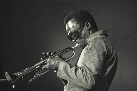 Miles Davis альбом In A Silent Way (1969)