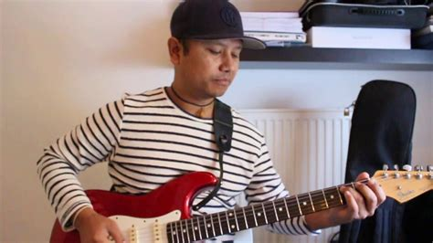 Riff Lesson ( Explanation and making own riff) - YouTube