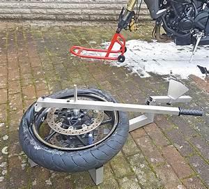Reifen Abziehen Kosten : motorradreifen selber wechseln ausprobiert in kradblatt ausgabe 4 18 ~ Orissabook.com Haus und Dekorationen