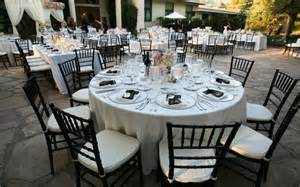 Image of: Black White Silver Wedding Guide To Decorate A Wedding With Indian Wedding Decorations