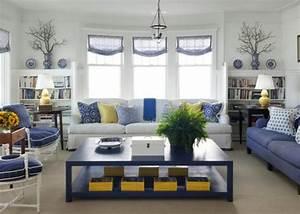 best salon bleu marine et blanc gallery lalawgroupus With tapis champ de fleurs avec canapé gris et blanc
