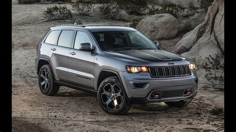 2017 Jeep Grand Cherokee Trailhawk Off-road