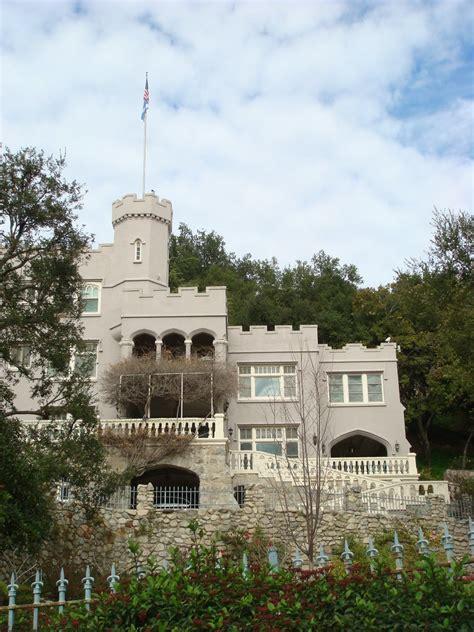 el nido  pink castle  castle knoll drive la