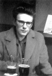Su wearing glasses - Stuart Sutcliffe Photo (26146687 ...