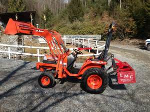 Kubota Compact Tractor Loader