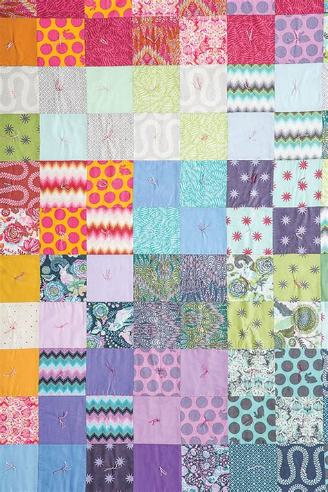 Tie Quilting How To Tie A Quilt Diy Mother Earth News