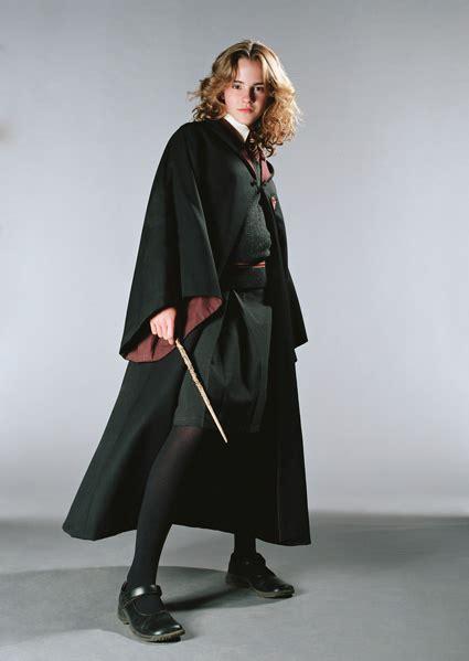 Rebelu0026#39;s Haven - Hogwarts Robes Research