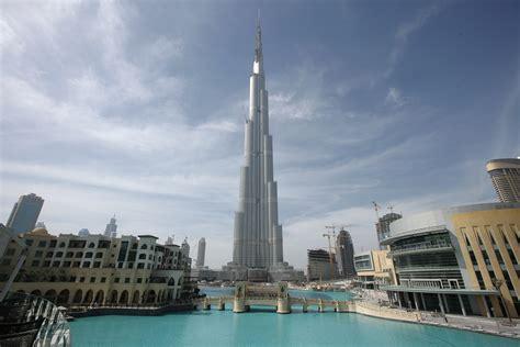 Burj Khalifa Skyscraper Dubai Suzzstravels