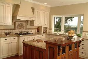 Newfeld Kitchen - Traditional - Kitchen - vancouver - by