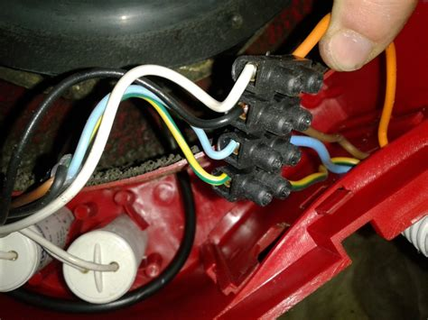 schema electrique cuisine vmc changer condensateurs
