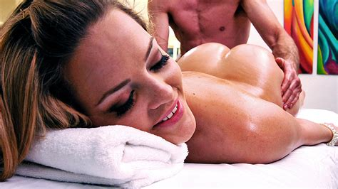 A Texas Sized Massage Free Video With Alexis Texas