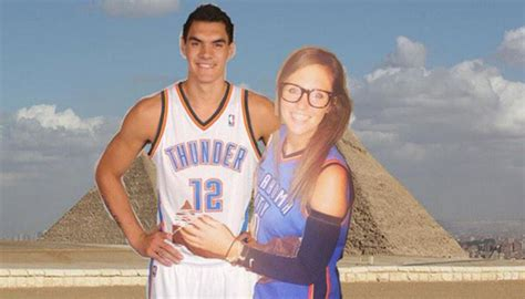 Steven Adams accepts fan's prom request three years too ...