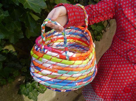 adorable diy bags  baskets    easter egg
