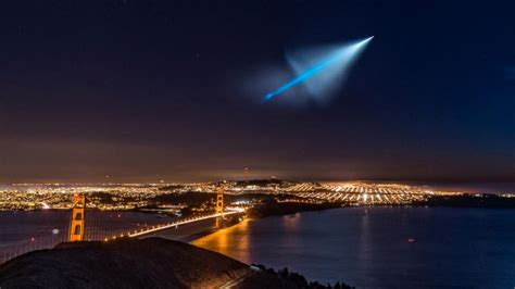 Weird and Mysterious Object in the Sky Was a Trident ...