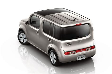 2015 nissan cube 2015 nissan cube iii pictures information and specs